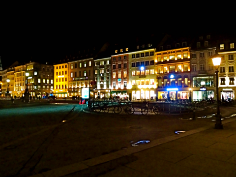 Max-Joseph-Platz vorm Residenztheater München