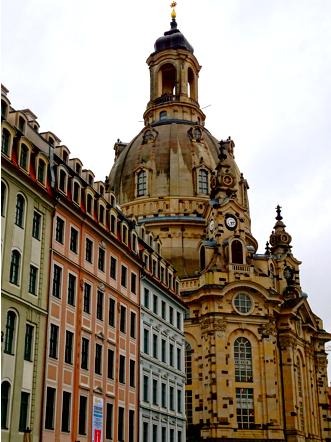 Blick auf die Frauenkirche Dresden