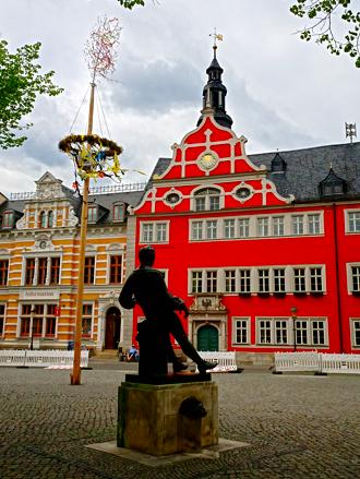 Bachstatue am Rathaus Arnstadt