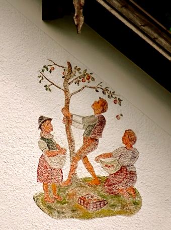 Lüftlmalerei am Schulhaus in Bayrischzell