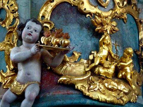 In der St. Nikolaus Kapelle von Unterammergau