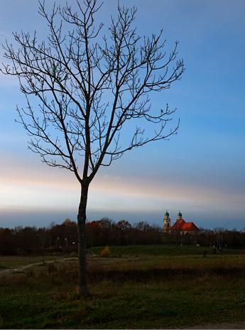 Blick auf St. Michael in Josephsburg/Berg am Laim