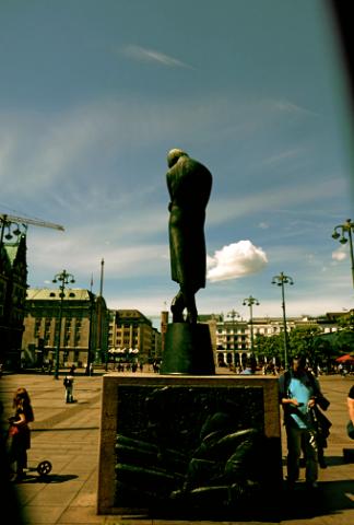 Heinrich Heine am Hamburger Rathausmarkt