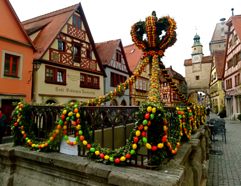 Osterbrunnen in Rothenburg ob der Tauber