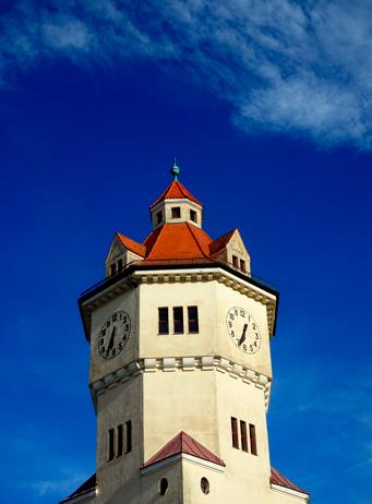 Wasserturm des alten Stadtwerks in Moosach