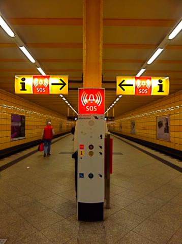 BVG U-Bahnhalt