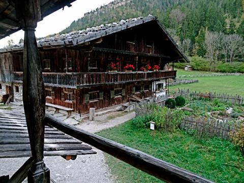 Hof im Wasmeier-Dorf