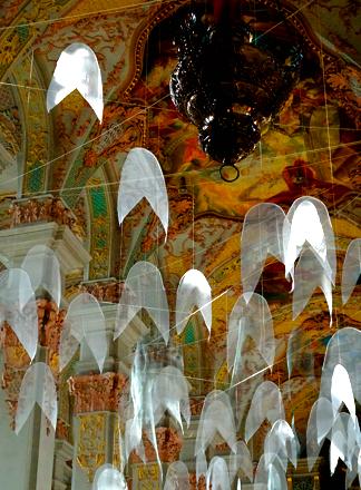 Engel-Installation in der Heiliggeistkirche am Viktualienmarkt