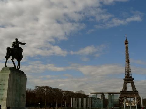 Marsfeld und Eiffelturm